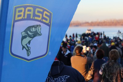 2012 Bassmaster Classic, Day 2 Launch