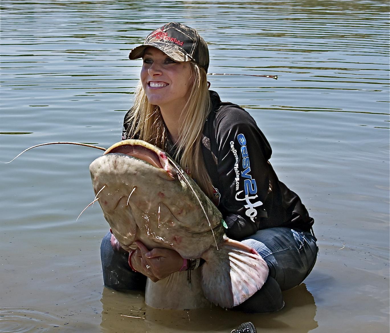 wels women English[edit] pronunciation[edit] rhymes: -ɛls noun[edit] wels (plural wels)  the wels catfish (silurus glanis) anagrams[edit] lews, slew cornish[edit.