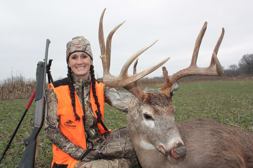 Win a hunt with melissa bachman in illinois outdoorhub for Illinois fishing license cost