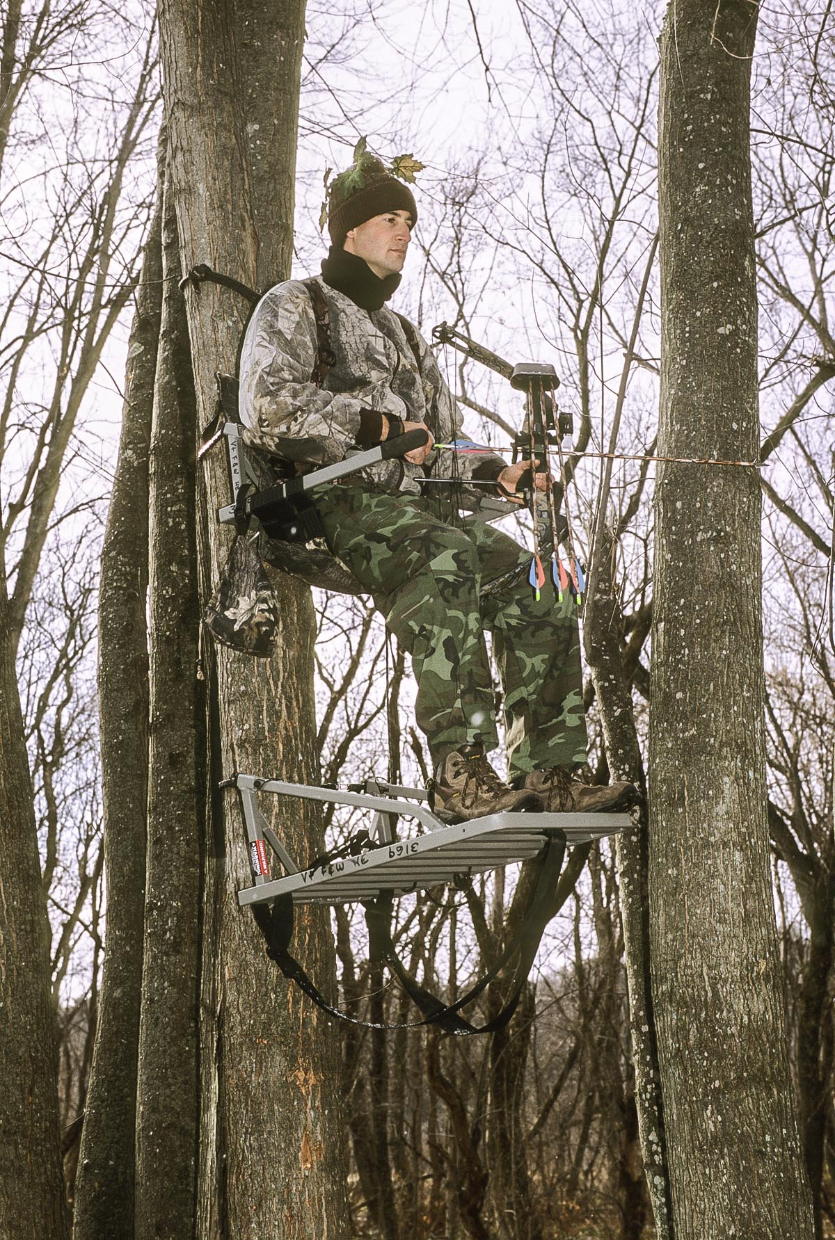 Vermont offers tree stand safety tips for hunters outdoorhub for Permanent tree stand