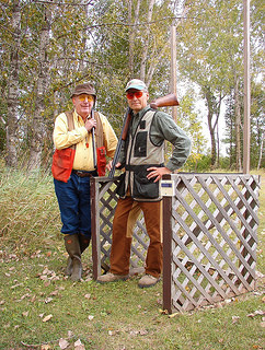 Legendary hunting dog writer Dave Duffey (l) and Dan Small take a break on the sporting clays course at J&H Game Farm in Shiocton, WI. On Outdoors RAdio Show 905, Small remembers Duffey, who died Jan. 26 t the age of 87.