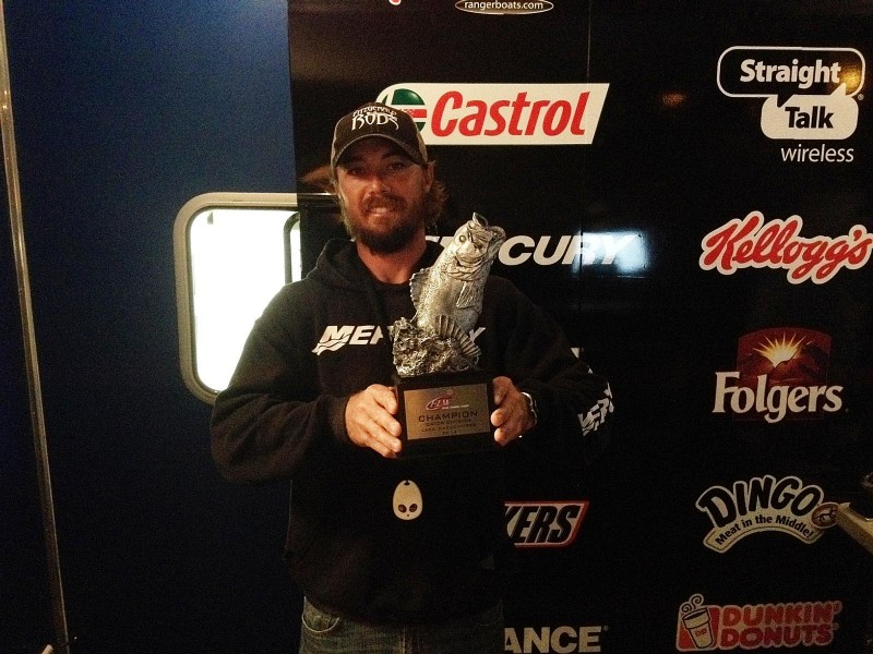 Mike Keyso Jr. of North Port, Fla., won the Jan. 4 Gator Division event on Lake Okeechobee with a limit weighing 24 pounds, 14 ounces. He took home a check worth $6,000 for his efforts.