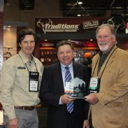 Tom Hall of Traditions accepts the the 2013 Reader's Choice Award for the Vortek Ultralight.