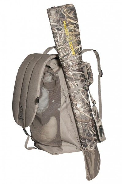 Run -N-Gunner Realtree MAX-4 Portable waterfowl blind.