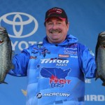 Shaw Grigsby leads on Day 1 of the Dick Cepek Tires Bassmaster Elite at Lake Seminole presented by Hardee's. Grigsby brought more than 30 pounds of largemouth to the scales in Bainbridge, Ga.