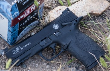 Smith & Wesson's new plinker: The M&P22 Compact