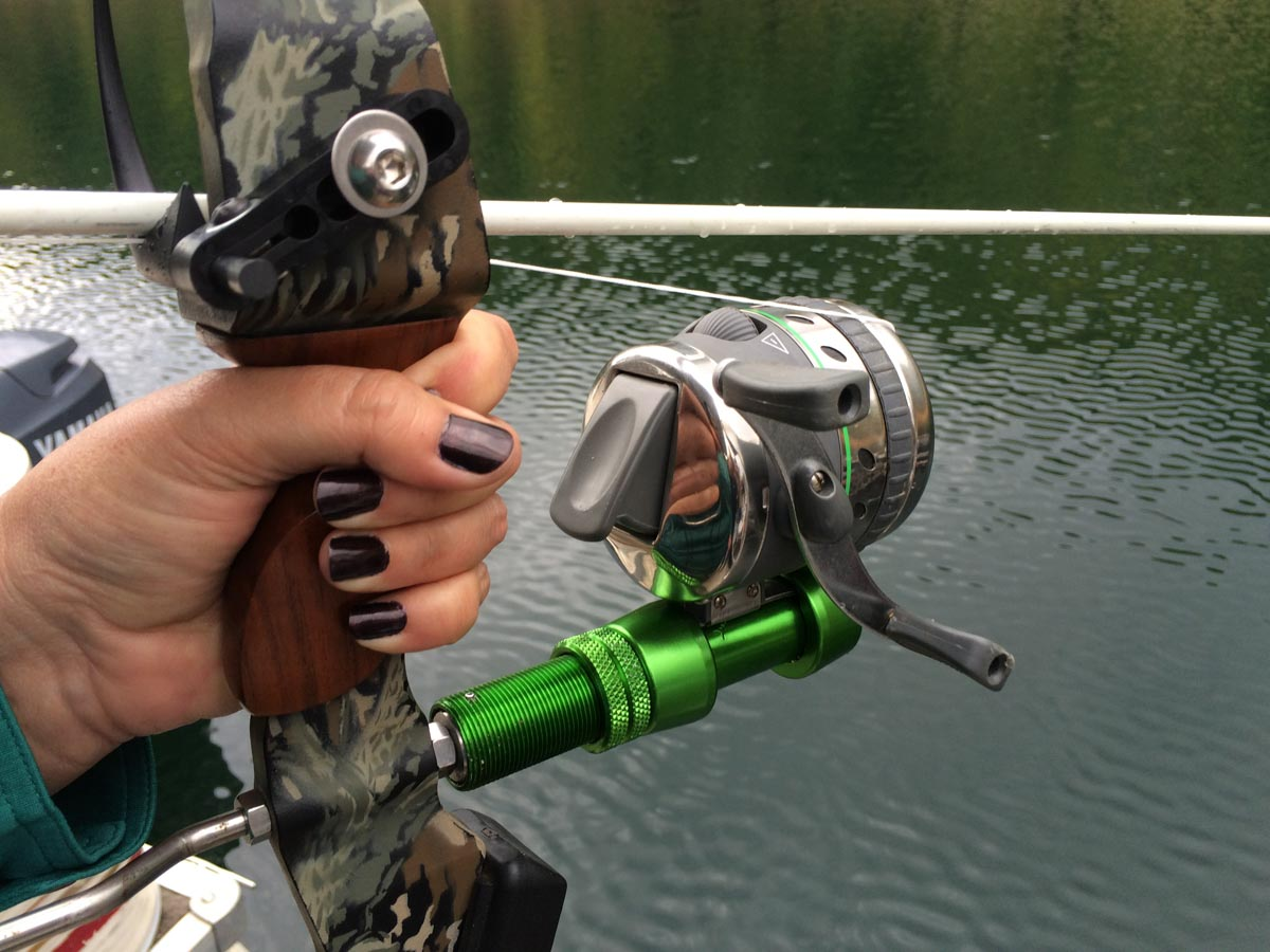A shooter s introduction to bowfishing outdoorhub for How to reel in a fish