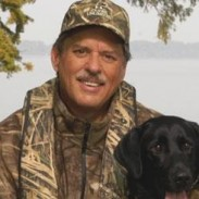 Longtime Ducks Unlimited (DU) Magazine editor-at-large and DU TV co-host Wade Bourne was recently honored with the Southeastern Outdoor Press Association's (SEOPA) Lifetime Achievement Award at the group's annual convention.