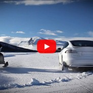 outdoorhub-tesla-model-s-vs-snowmobile-you-wont-belive-who-won-tesla-model-s-p85d-2015-03-12_19-11-41