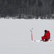 1280px-Ice_fishing_on_Lake_Saimaa