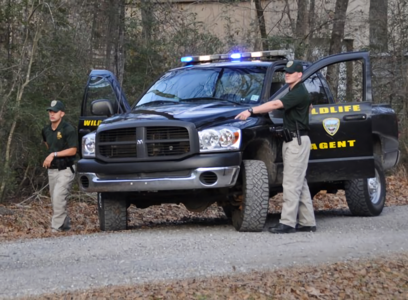 Louisiana game warden catches poachers on his own property for Louisiana fish and game