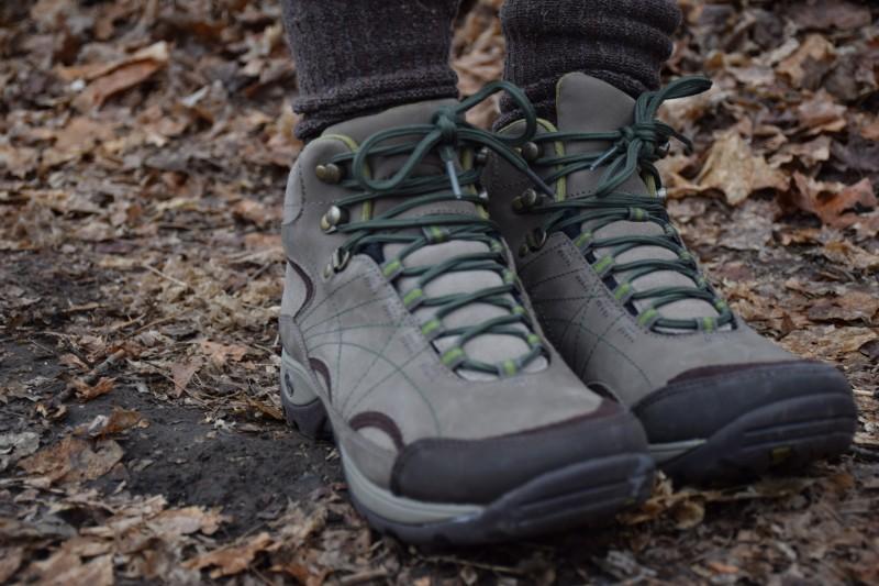 Azula Mid Waterproof Hiking Boots   ActionHub