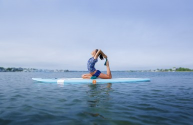 Lacey Calvert is a yoga instructor and personal trainer based in San Clemente, California.