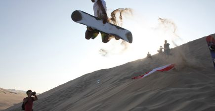 An Introduction to Sandboarding | ActionHUb